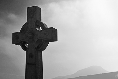Celtic Cross and Arthur's Seat in the mist