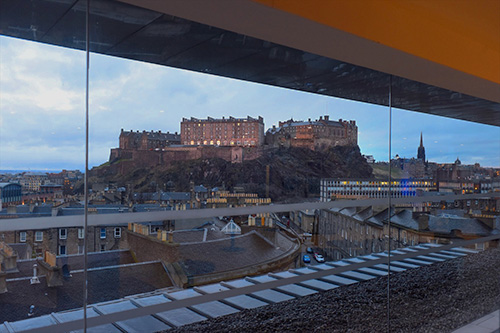 edinburgh castle from the doubletree hilton skybar