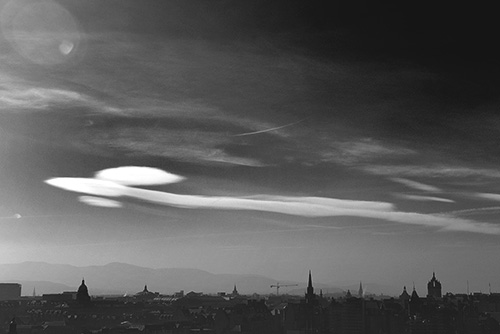 cloud form over edinburgh