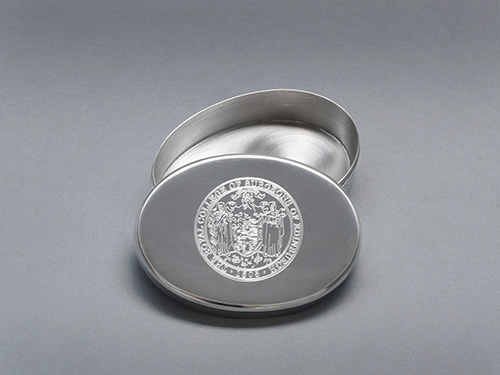 Surgeon's Hall Edinburgh Shop products - pewter box